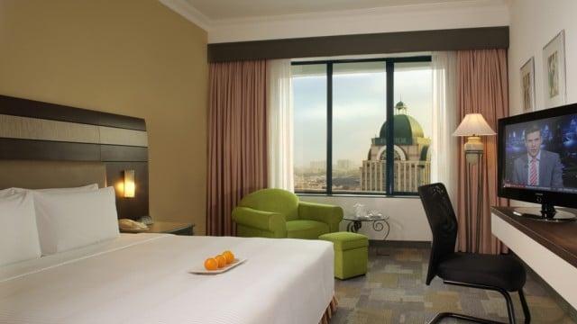 rooms_deluxe_2929_1-640x360